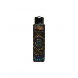 https://www.smokestars.de/media/catalog/product/cache/1/image/265x/9df78eab33525d08d6e5fb8d27136e95/c/l/clipper_feuerzeug_cork_cover_mandala_2_blau_handgen_ht_.jpg