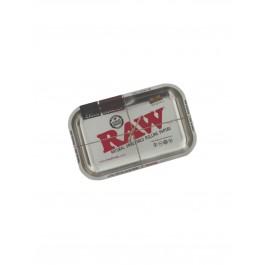 https://www.smokestars.de/media/catalog/product/cache/1/image/265x/9df78eab33525d08d6e5fb8d27136e95/r/a/raw_metal_rolling_tray_metallic_silver_medium.jpg