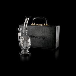 https://www.smokestars.de/media/catalog/product/cache/1/image/265x/9df78eab33525d08d6e5fb8d27136e95/w/e/weedstar_black_druid_bong_koffer.png