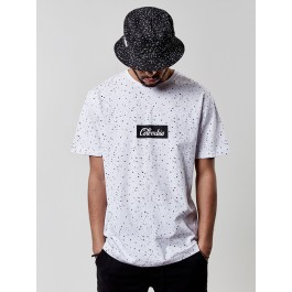 https://www.smokestars.de/media/catalog/product/cache/1/image/265x/9df78eab33525d08d6e5fb8d27136e95/w/l/wl-colombia-tee-white-black_01-wl-ss17-ap-17-l.jpg