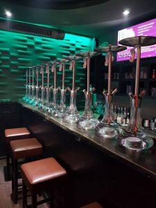Bar Shishas Barhoclker grüne Beleuchtung Lounge